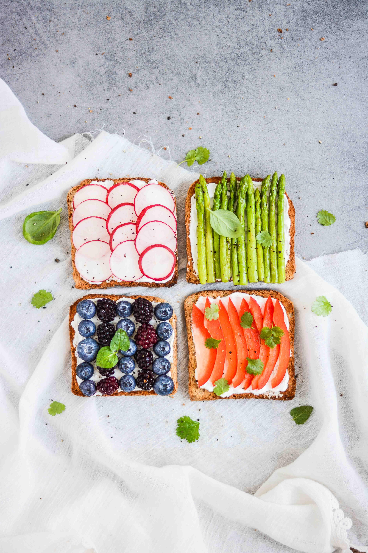sandwich flatlay